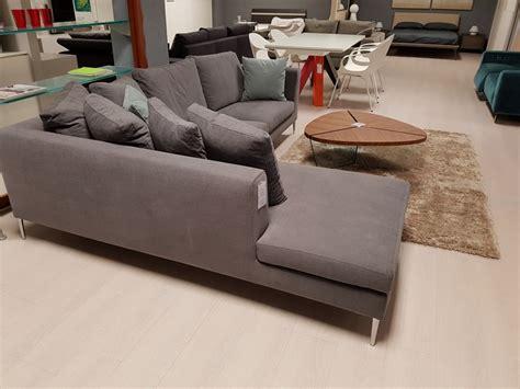 valentini divani divano angolare kilt valentini salotti sconto 55