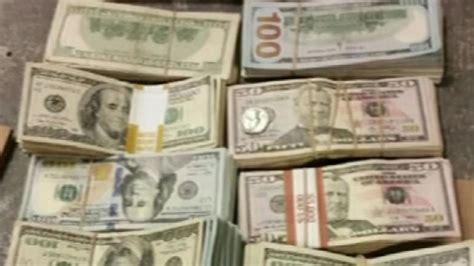 handbag eightythousand dollar only on 7 bag full of 100 000 found inside burger king