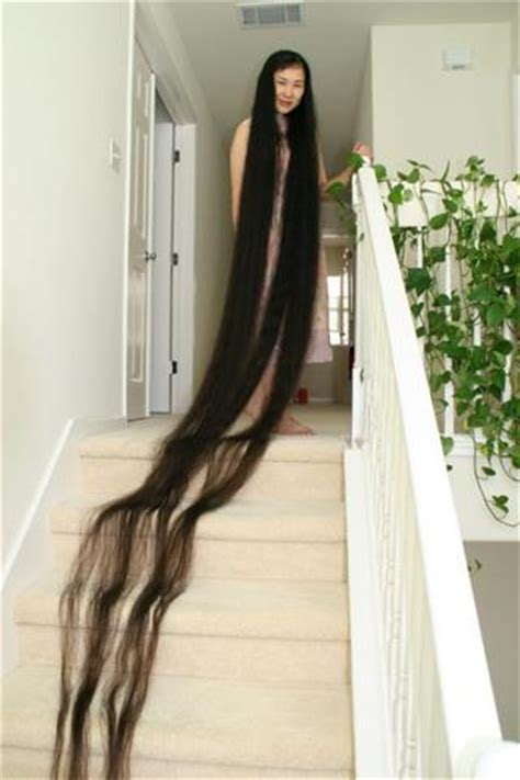 youtube the woman with the longest pubic hair in the world welcome to fizzygist center woman with the longest hair