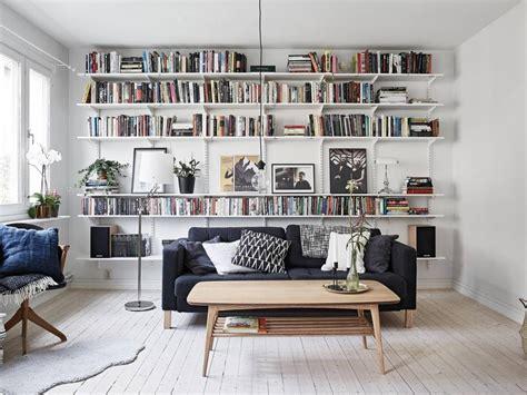 bibliotheque decoration de maison d 233 co maison une biblioth 232 que avec des 233 tag 232 res ranger