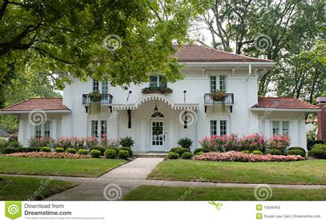 plantation style home plantation style house stock photos image 15596453