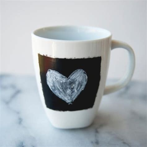 chalkboard paint mugs customize your coffee mug everyday with chalkboard paint