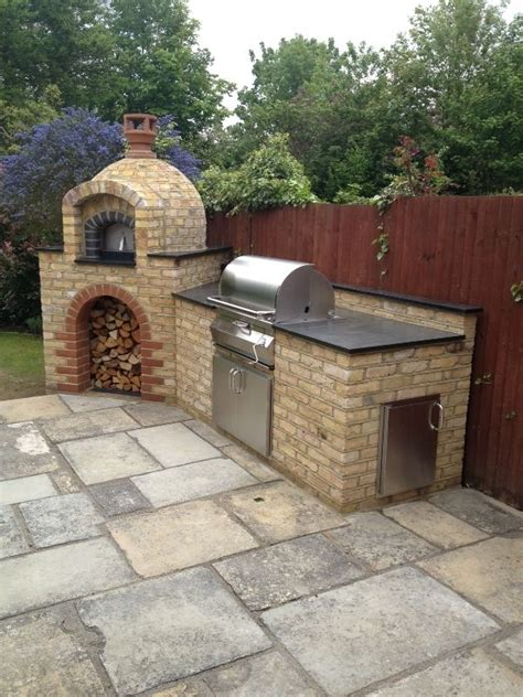 Outdoor Kitchen Pizza Oven Design 25 Best Ideas About Pizza Oven On Wood Fired Oven Deck Oven And Brick Oven