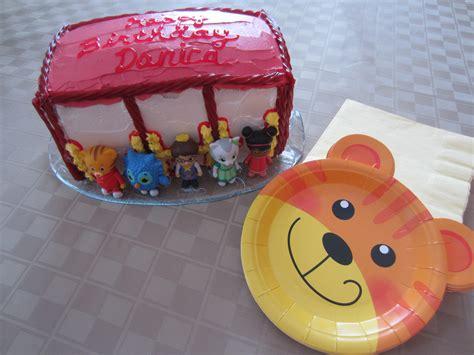 Diy Birthday Cake Trolley daniel tiger partykitchen