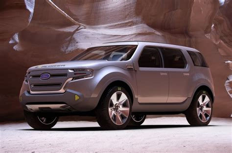 types of suvs ford explorer pictures suvs with 3rd row seating