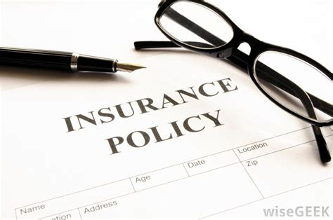 What is an Insurance Policy? (with pictures)