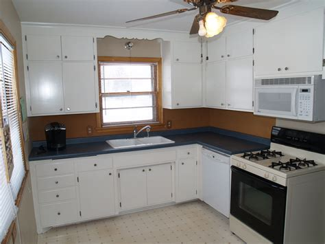 best way to clean kitchen cabinet handles how to clean old kitchen cabinet hardware everdayentropy