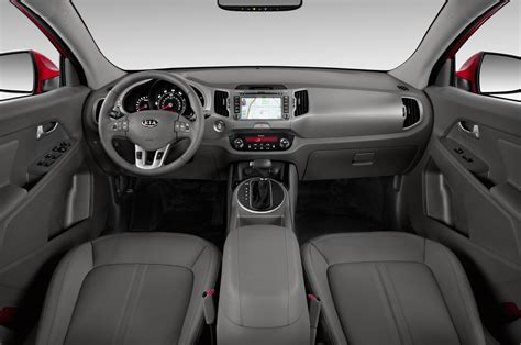 kia sportage interior 2014 kia sportage reviews and rating motor trend