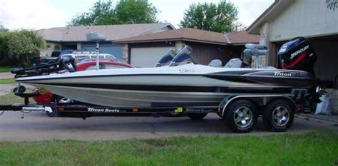 bass boat central boards show off your triton
