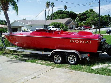 boat auctions st petersburg fl 2005 donzi 22 classic aronow edition price 39 900 00 st