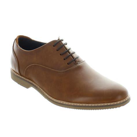 Steve Madden Nunan by Steve Madden Nunan Oxford Shoes