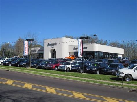 Jeep Dealers Pa Bergey S Chrysler Jeep Dodge Ram Car Dealership In