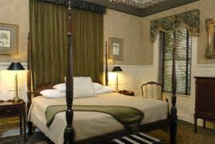 Antique King Bed Savannah Georgia Bed And Breakfast