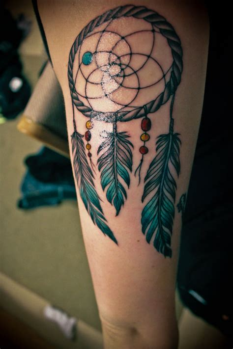 tattoo on arm dream 35 awesome dreamcatcher tattoos and meanings