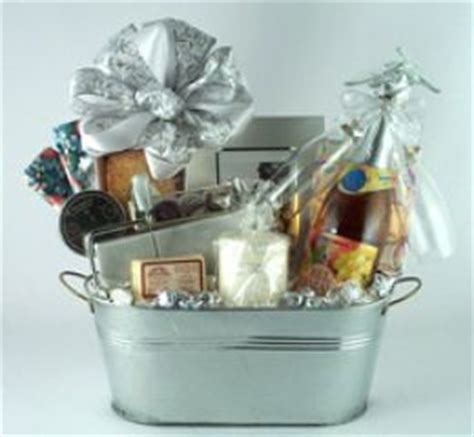Wedding Anniversary Gift Baskets by 25th Wedding Anniversary Gift Basket Ideas Lamoureph