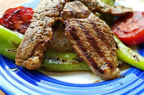 patatesli kuzu kulbasti tarifi etli yemek tarifleri kuzu kuzu k 252 lbastı tarifi nasıl yapılır yemek com