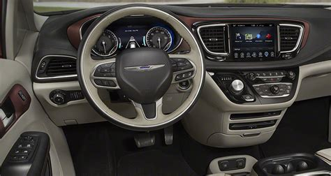 Chrysler Pacifica Interior by 2017 Chrysler Pacifica Hybrid Price 2017 2018 Best Car