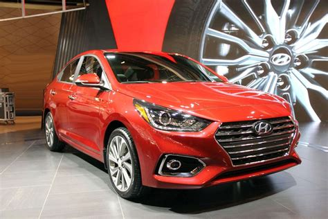 Hyundai Accent Mileage by 2019 Hyundai Accent Length Gas Mileage Lease Spirotours