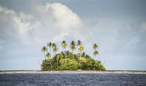 la isla de la 8433979248 las 10 islas habitadas m 225 s inaccesibles del mundo blog paco nadal el pa 205 s