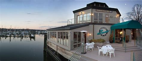 carefree boat club annapolis md 8 dockside restaurants in annapolis carefree boat club