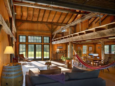 barn renovations into homes