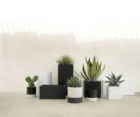 black white patio furniture and decor trend bold black and white