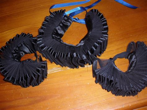 diy clown shoes harlqeuin jester clown costume collar cuffs 183 how to