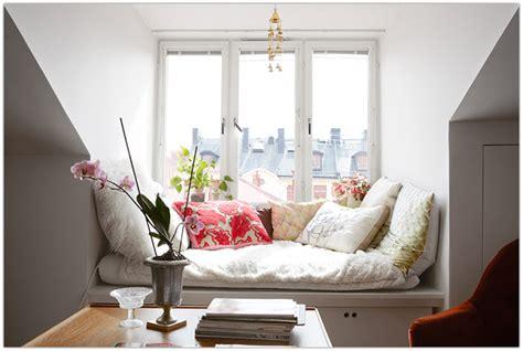 cozy window seat symphony cozy window seat nooks