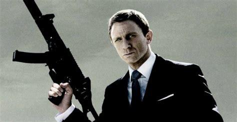 daniel craig james bond spectre spectre begins filming sam mendes on returning to the