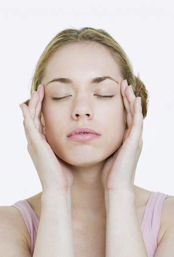 el empollon el cabeza 8434865572 migra 241 a menstrual acaba con el dolor de cabeza durante la menstruaci 243 n