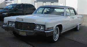 1969 Cadillac Fleetwood Brougham Cotillion White 1969 Cadillac Fleetwood Brougham Paint