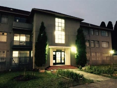 hobart appartments front building picture of hobart apartments derwent park tripadvisor