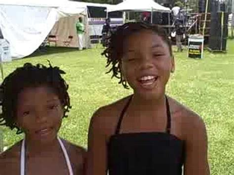 chloe and halle bailey national anthem chloe halle bailey sisters live at c4ac 2011 doovi