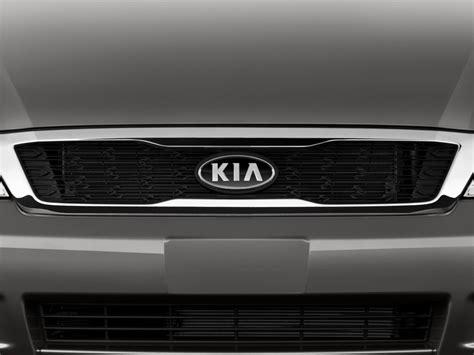 Kia Sedona Rear Door Problems 2014 Kia Sedona 4 Door Wagon Lx Angular Rear Exterior View
