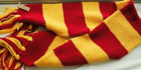 knitting pattern hogwarts scarf 3 interesting harry potter scarf knitting pattern sizzle