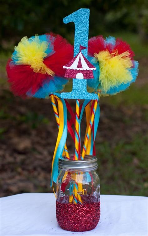 birthday table decorations centerpieces birthday centerpieces carnival and circus on