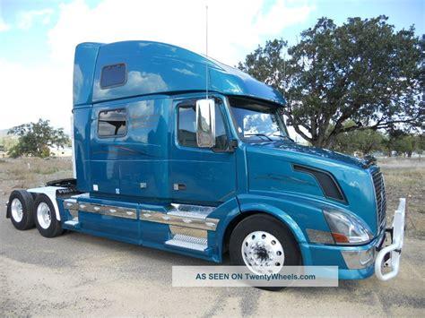 2009 volvo semi truck 2009 volvo vnl 780 sleeper semi trucks photo pictures