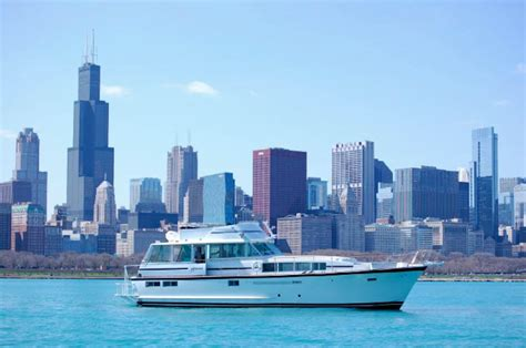 party boat rental chicago lake michigan chicago private yacht charter rental here