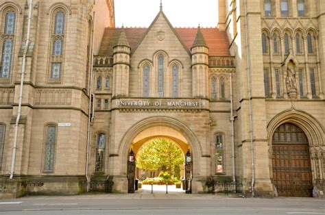 Mba Manchester by Equity And Merit Scholarships In Uk 2016