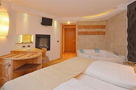 suite con vasca idromassaggio per due suite con idromassaggio