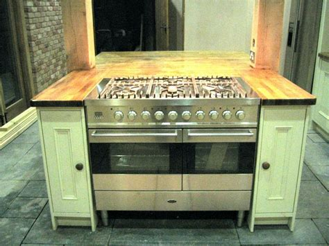 kitchen island with oven island unit with baumatic range cooker kitchen ideas