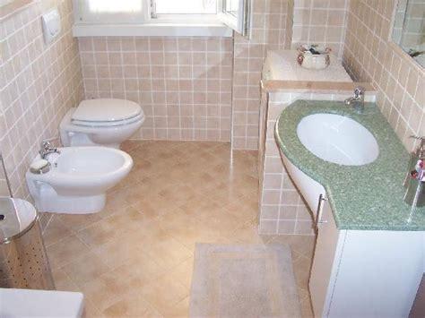 costo piastrellista bagno posa piastrelle a soli 10 al mq muratore