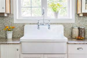 Kitchen Sinks With Backsplash by Everything To Know About Kitchen Sinks Pro Com Blog