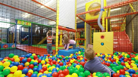 reasons  visit indoor play centres fun kids guide