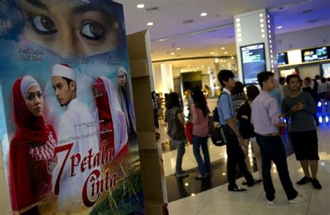 Malaysia Film Industry | horror films rise from the dead in malaysia