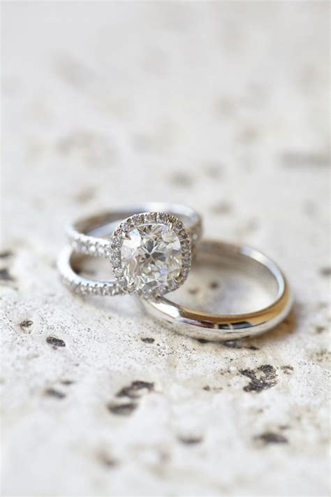 5 Ways to Make your Diamond Ring Look Bigger   Engagement