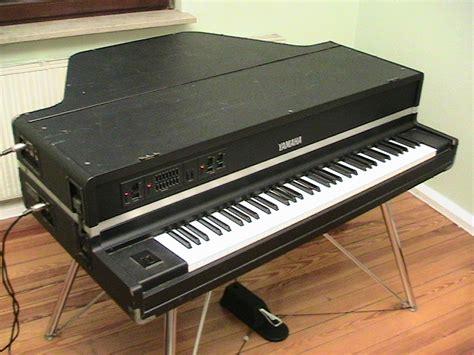Keyboard Yamaha Cp yamaha cp 70