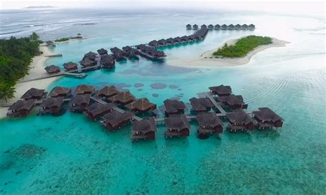 amazing islands  maldives  drone wallpaper