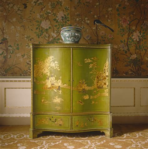Henredon Upholstery View Of Green And Gold Lacquer Chinoiserie Furniture In