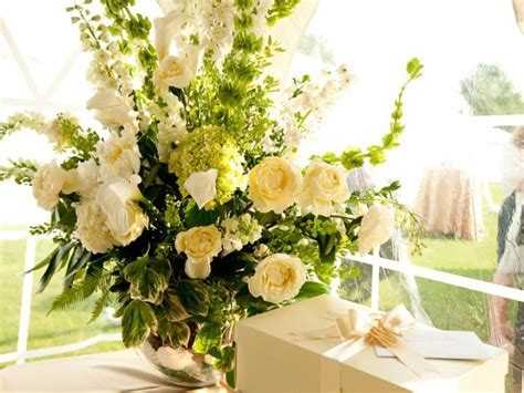 Fresh Flower Arrangements For Weddings by Fresh Floral Arrangements Wisteria Flowers And Gifts